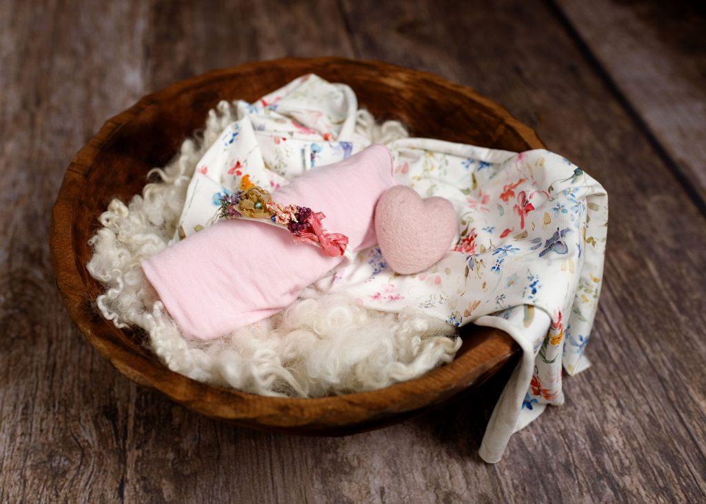 Styling your newborn photoshoot