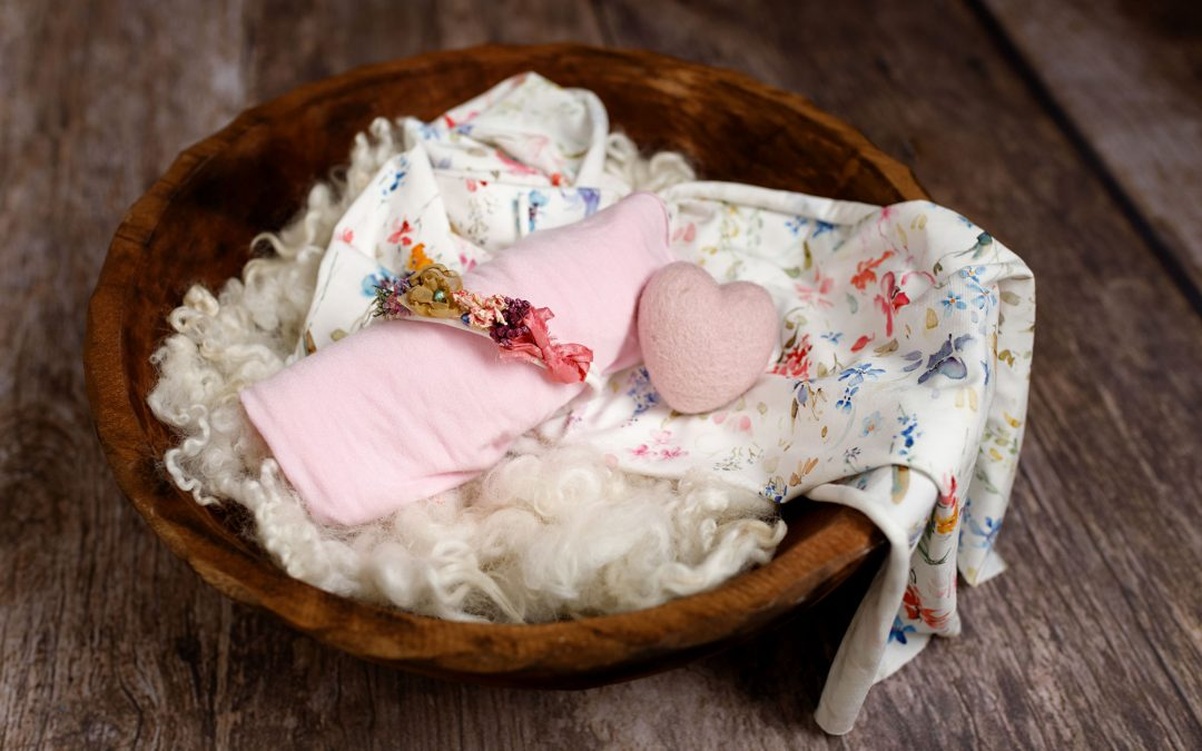 newborn baby wooden bowl prop